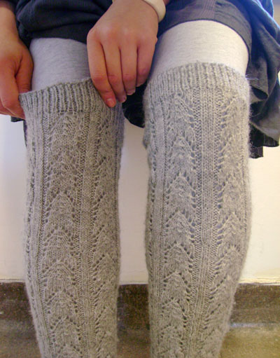 Free Knitting Patterns Leg Warmer Socks : Miss Julias Patterns: Free Patterns - 25 Luscious Leg Warmers to Knit &a...
