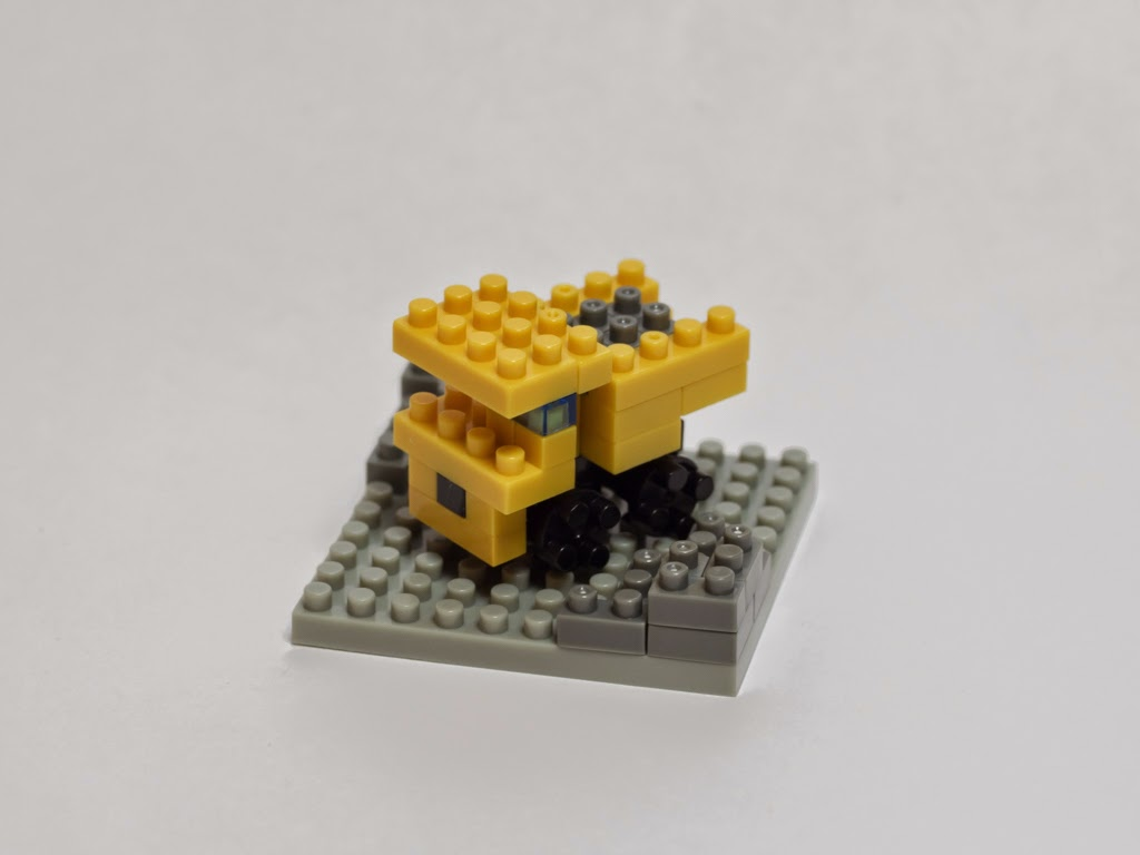 ナノブロックでミニダンプカー