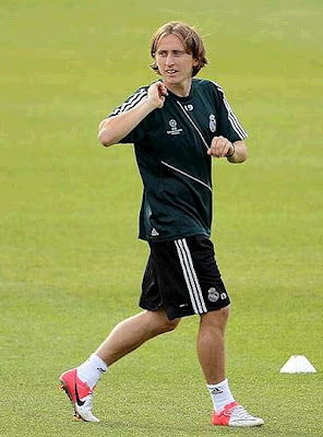 Luka Modric in Madrid with the green jersey
