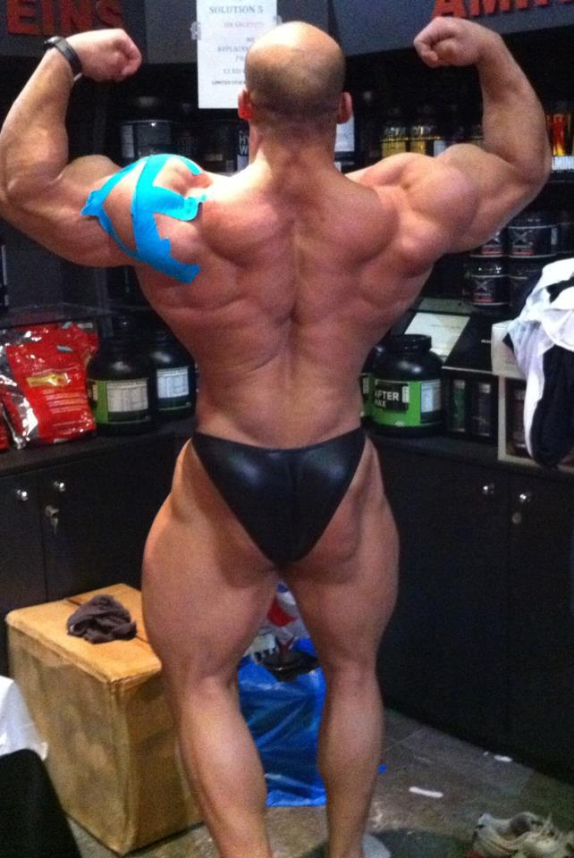 Beefy Male Butts: Ramy, king of muscle butts. all hail!
