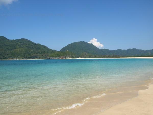 Wisata Pantai Lampu-uk