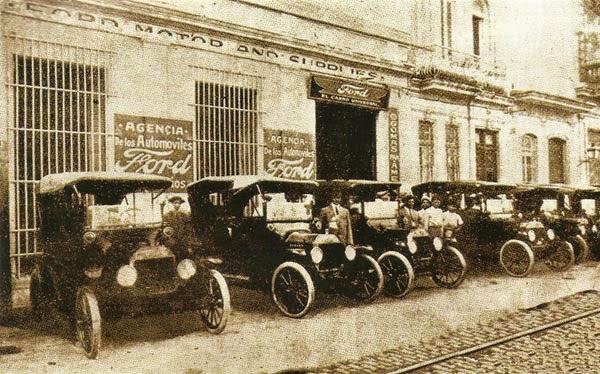 Servicio de Taxis en Cuba en 1914