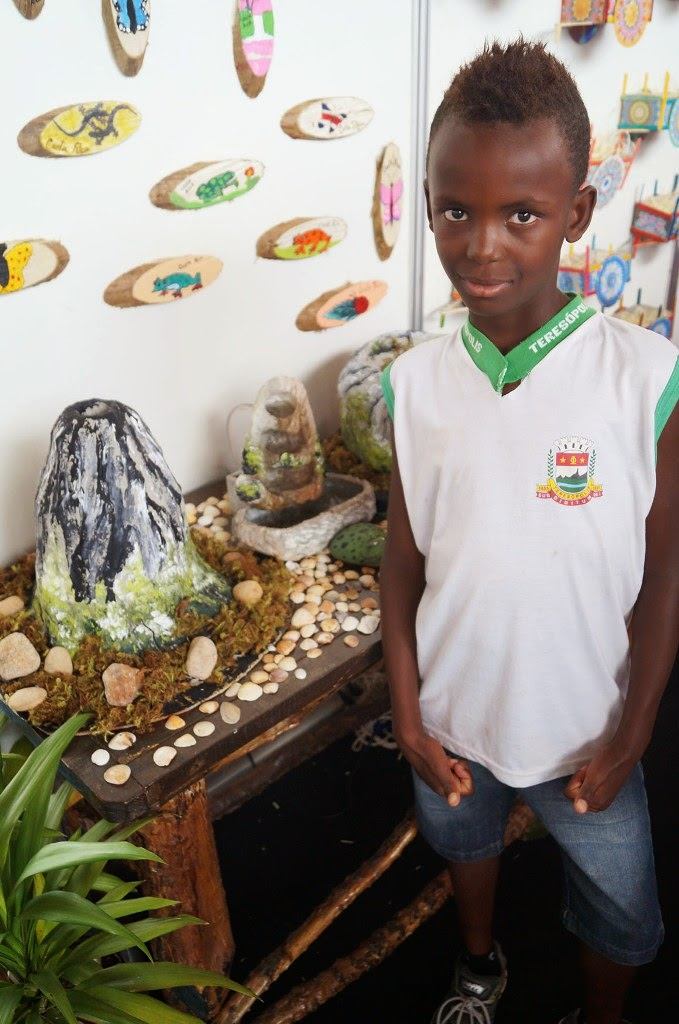 O aluno Igor Lopes de Souza, 8 anos, da Escola Municipal Antônio Custódio, adorou os vulcões de Costa Rica