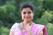 Swathi Dazzling in Pink saree-thumbnail-4