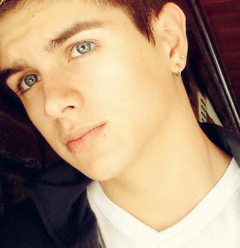 fotos de los chicos mas lindos de la argentina: