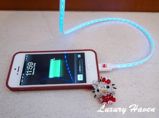 snugg iphone live wire charging cable review