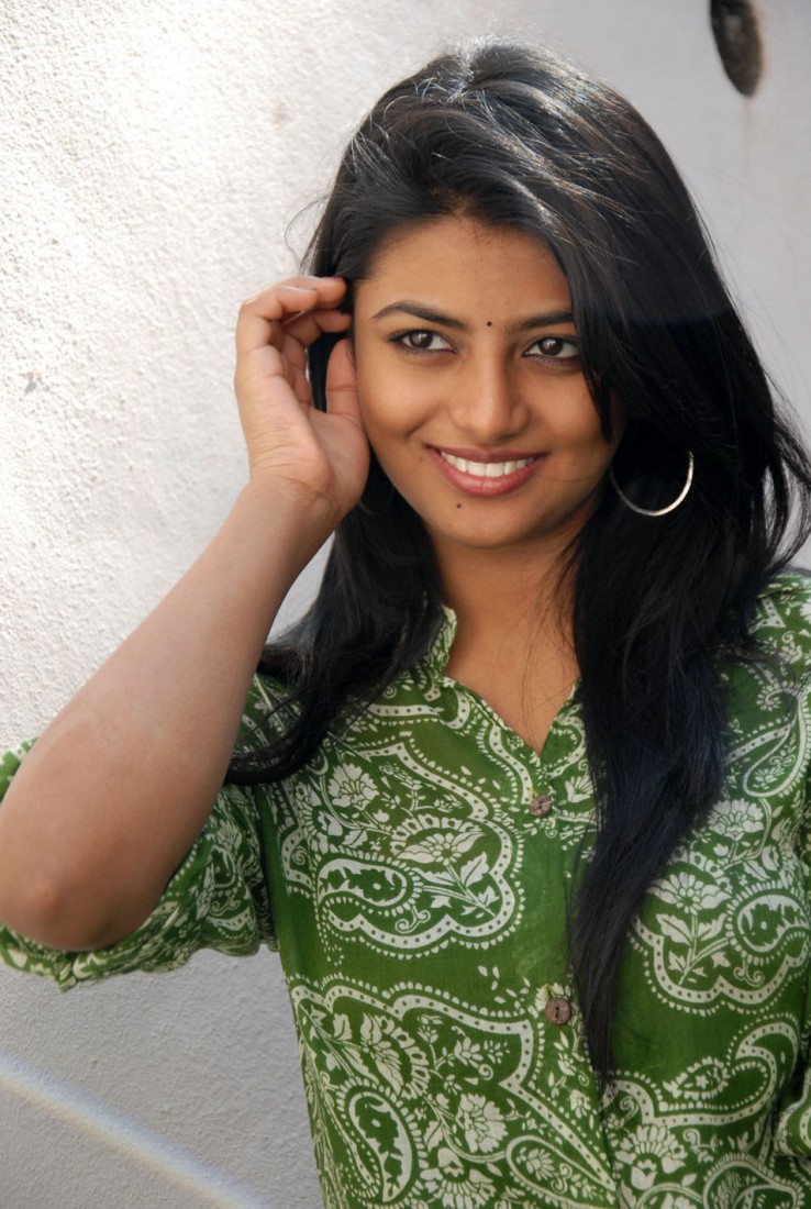 tamil actress wallpapers anandhi hd wallpapers