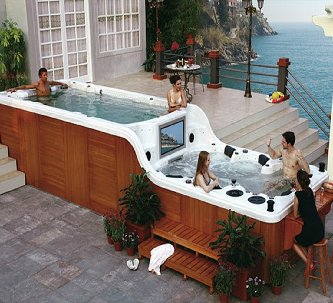 The Nicest Pictures Double Decker Hot Tub With Bar And Tv