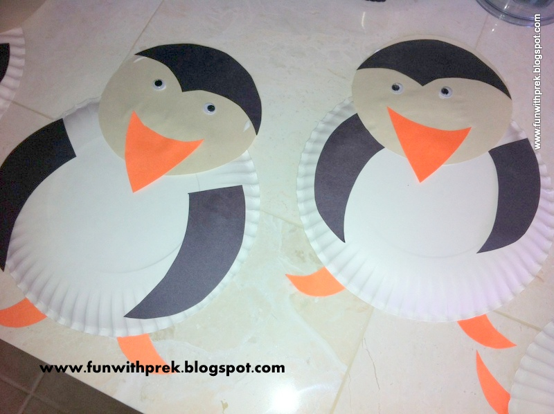 To make this funny paper plate penguin you\u0027ll need & Lil\u0027 Miss SmartyPants: Penguins live at the SOUTH POLE...
