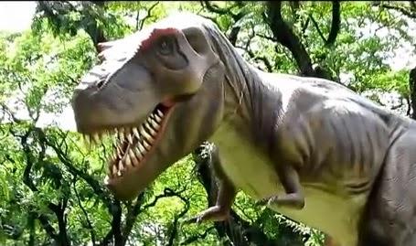 """תערוכת הדינוזאורים """"הדינוזאורים באים"""" - קיץ 2014"""