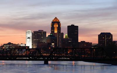 Des Moines city skyline 2012