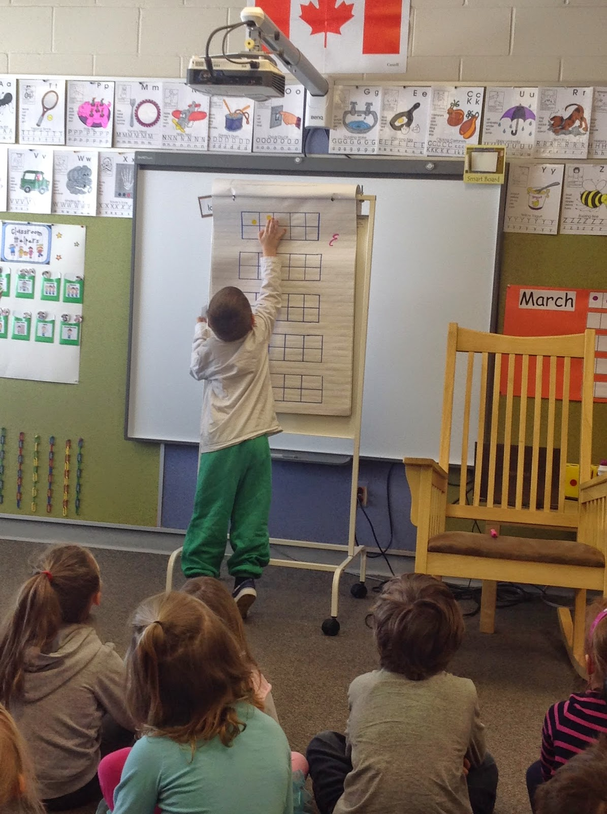Kindergarten Tales : Ten frames