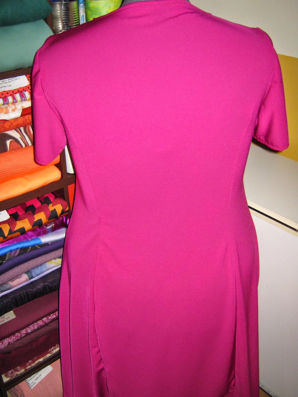 Simplicity 7243 Fuchsia Dress www.sewplus.blogspot.com