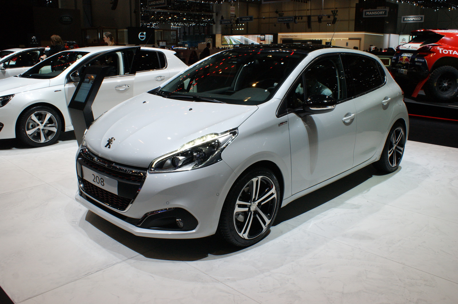 el nuevo peugeot 208 es el coche no h brido m s eficiente en europa. Black Bedroom Furniture Sets. Home Design Ideas