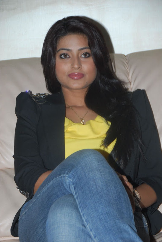 Sneha Latest Photo Gallery Part II hot images
