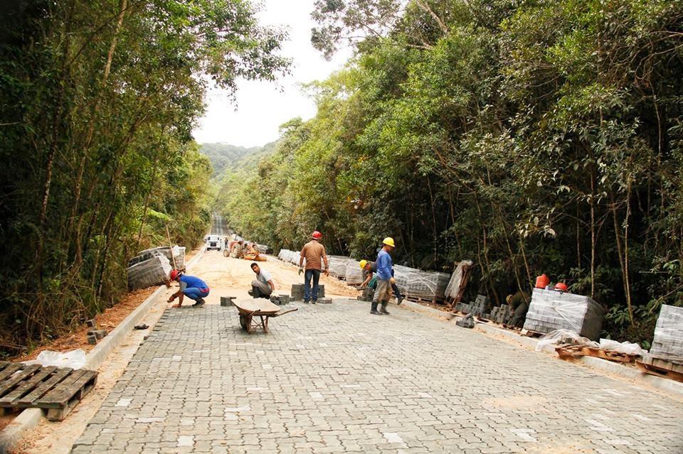 Obras da SP-139 que liga Sete Barras a São Miguel Arcanjo seguem em ritmo acelerado