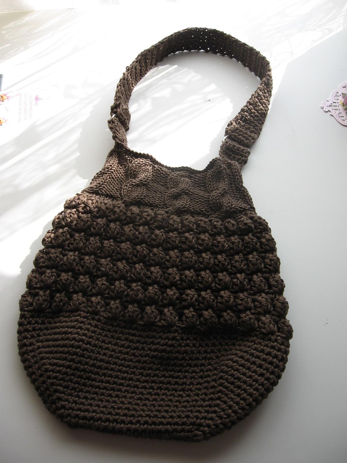 Millainen Laukku Baariin : Anne askartelee toinen virkattu laukku