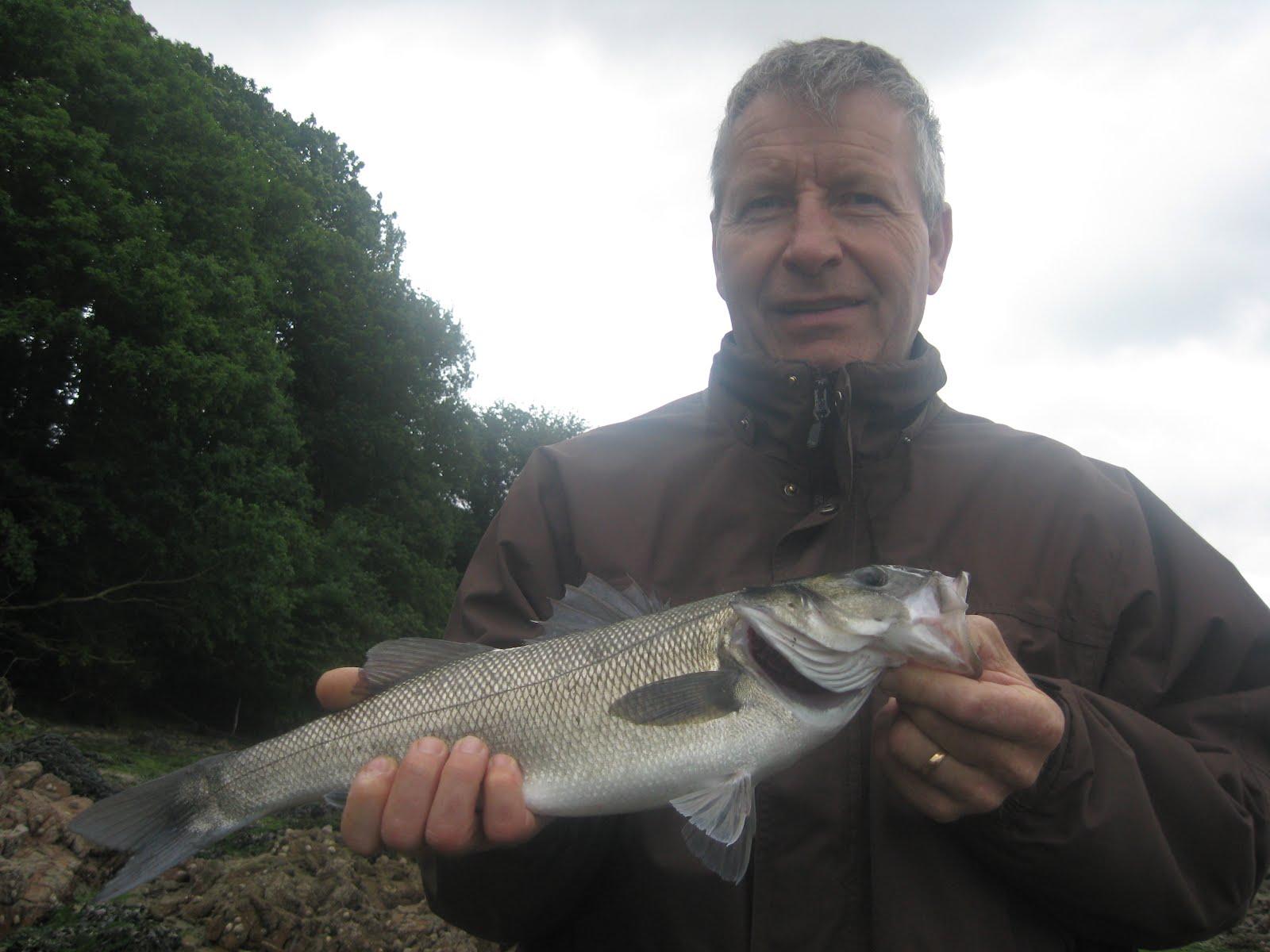 Fish on the rocks 1er labrax de patrick for 94 1 the fish