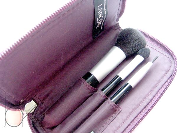 Featuring Lancome Mini Brush Set