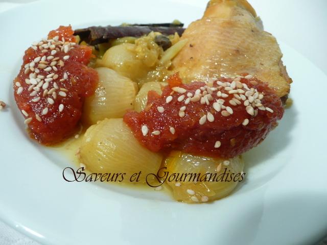 Tajine  de Poulet aux petits Oignons et à la Confiture de tomates.