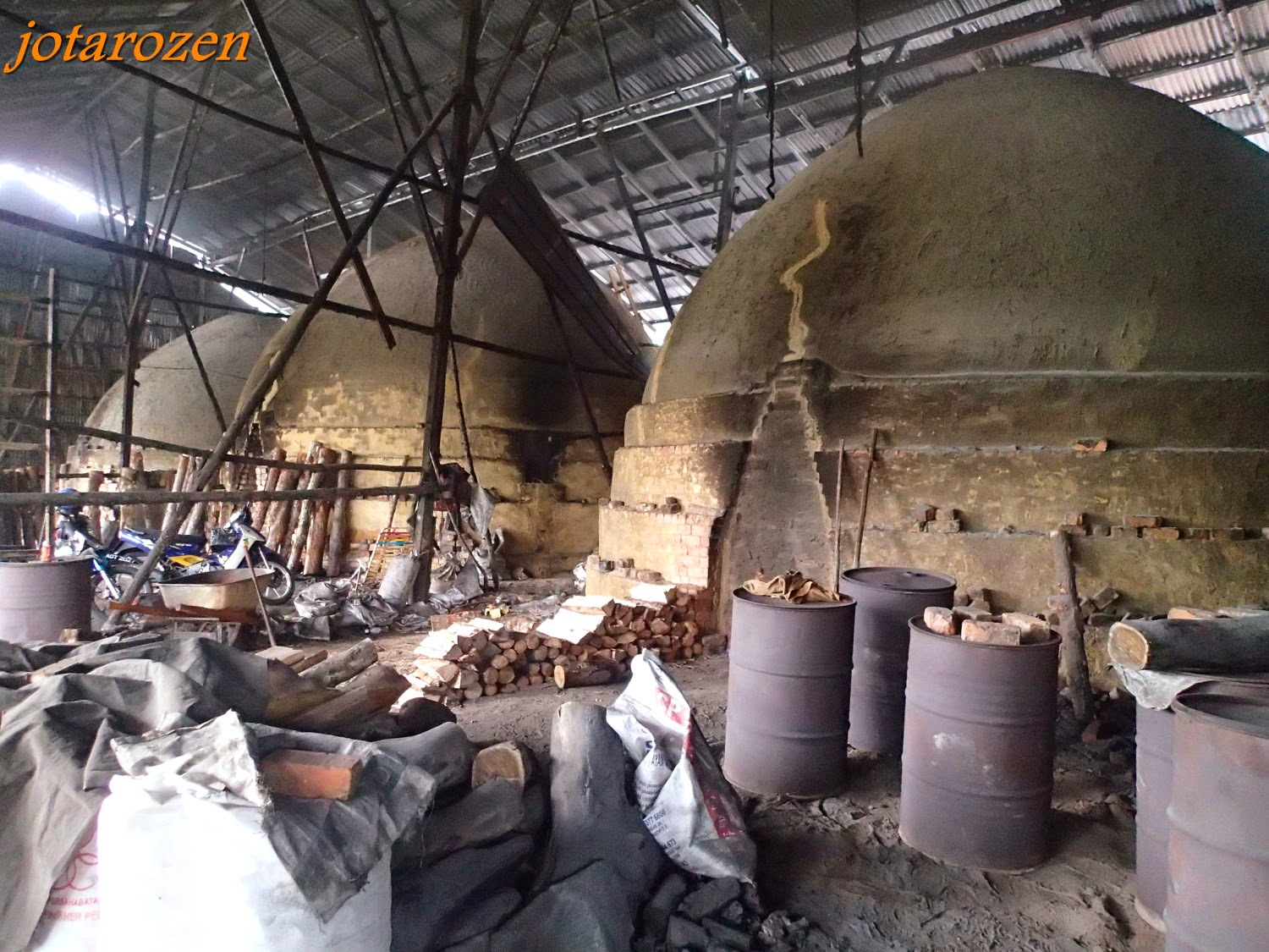 Kuala Sepetang Malaysia  city pictures gallery : ... Travels: Malaysia 2014 : Charcoal Factory @ Kuala Sepetang, Perak