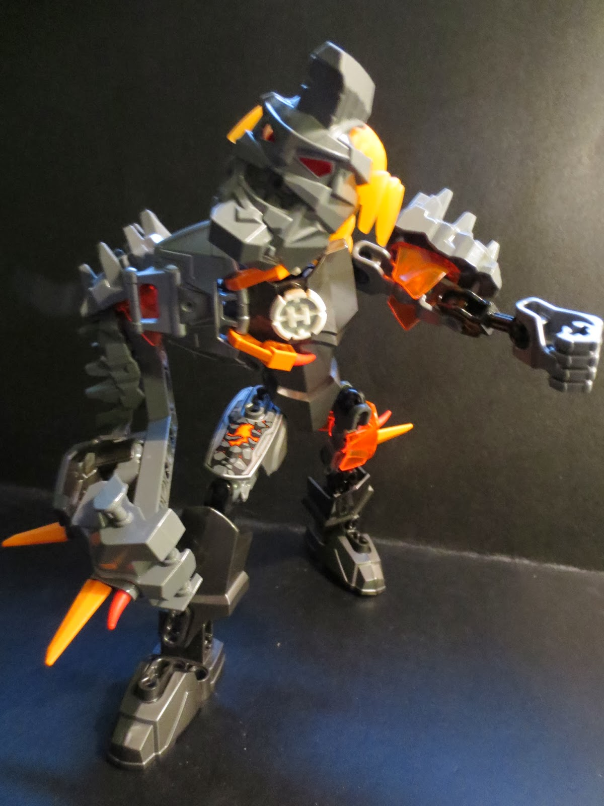 The Epic Review Lego Review Bruizer From Hero Factory Brain