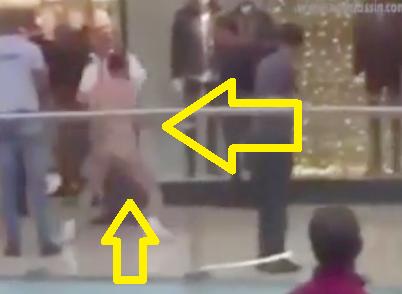 Durante transmisión en vivo Locutor se desnudo en Plaza Ágora Mall