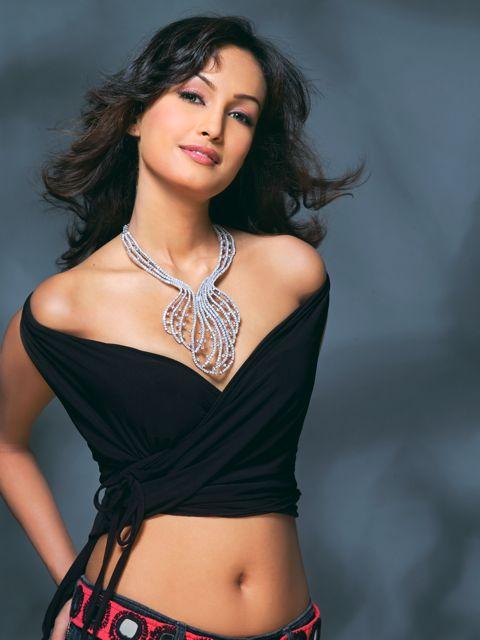 Nisha Rawal HD Wallpapers Free Download