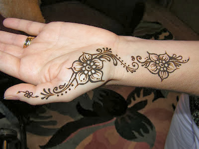 Mehndi Designs And S : Mehndi designs for girls: simple beginners step