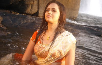 Actress Bhavana in a Wet Saree Look, South indian Girl in a Wet Saree