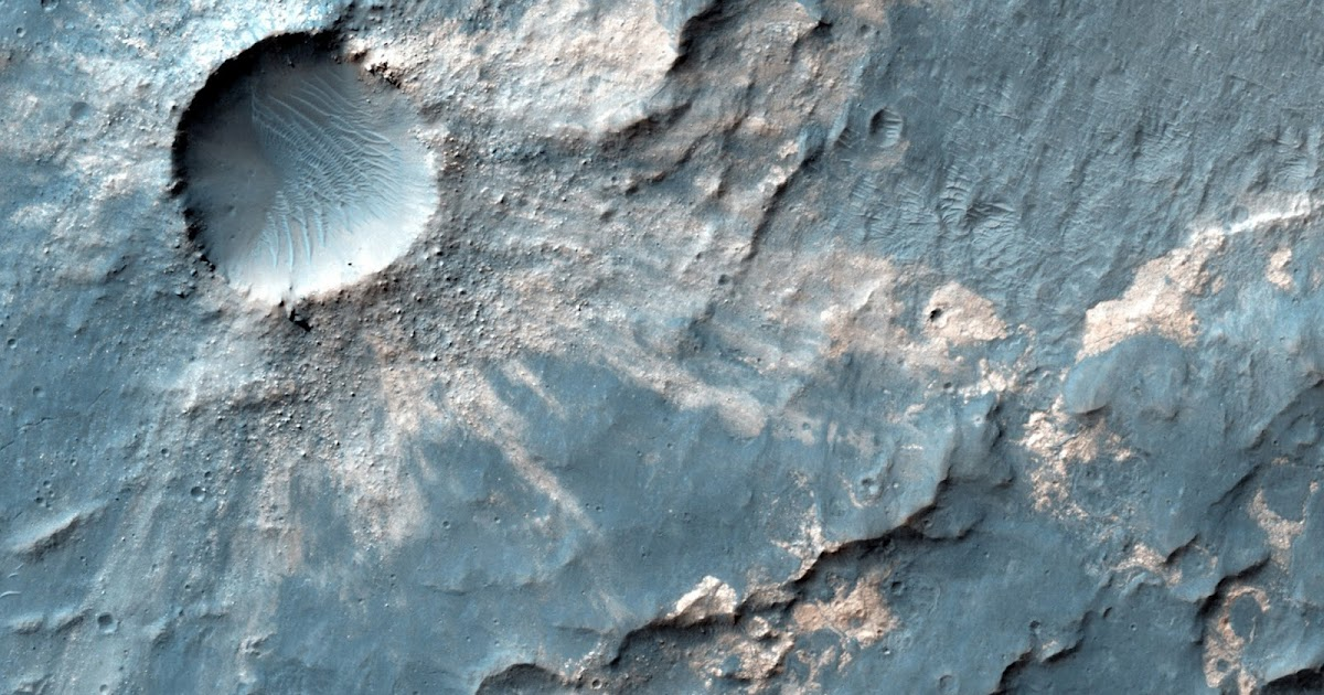 Areology: Impact Crater in Hesperia Planum