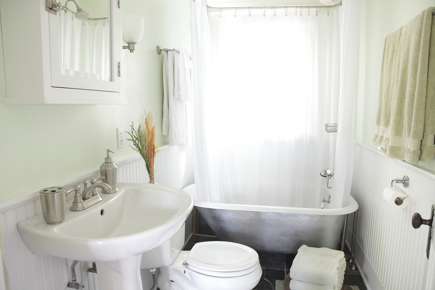 Adventures at 1628 list for Clawfoot tub small bathroom