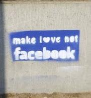 """""""Facebook?! tenho, tenho sim!"""" :)"""