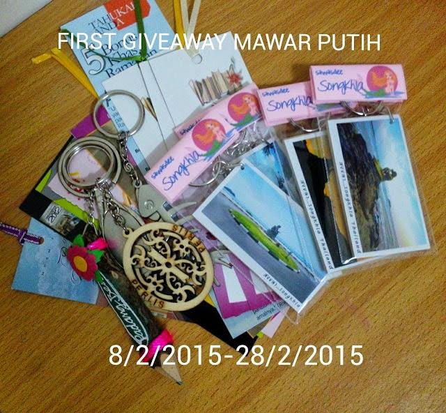FIRST GIVEAWAY MAWAR PUTIH