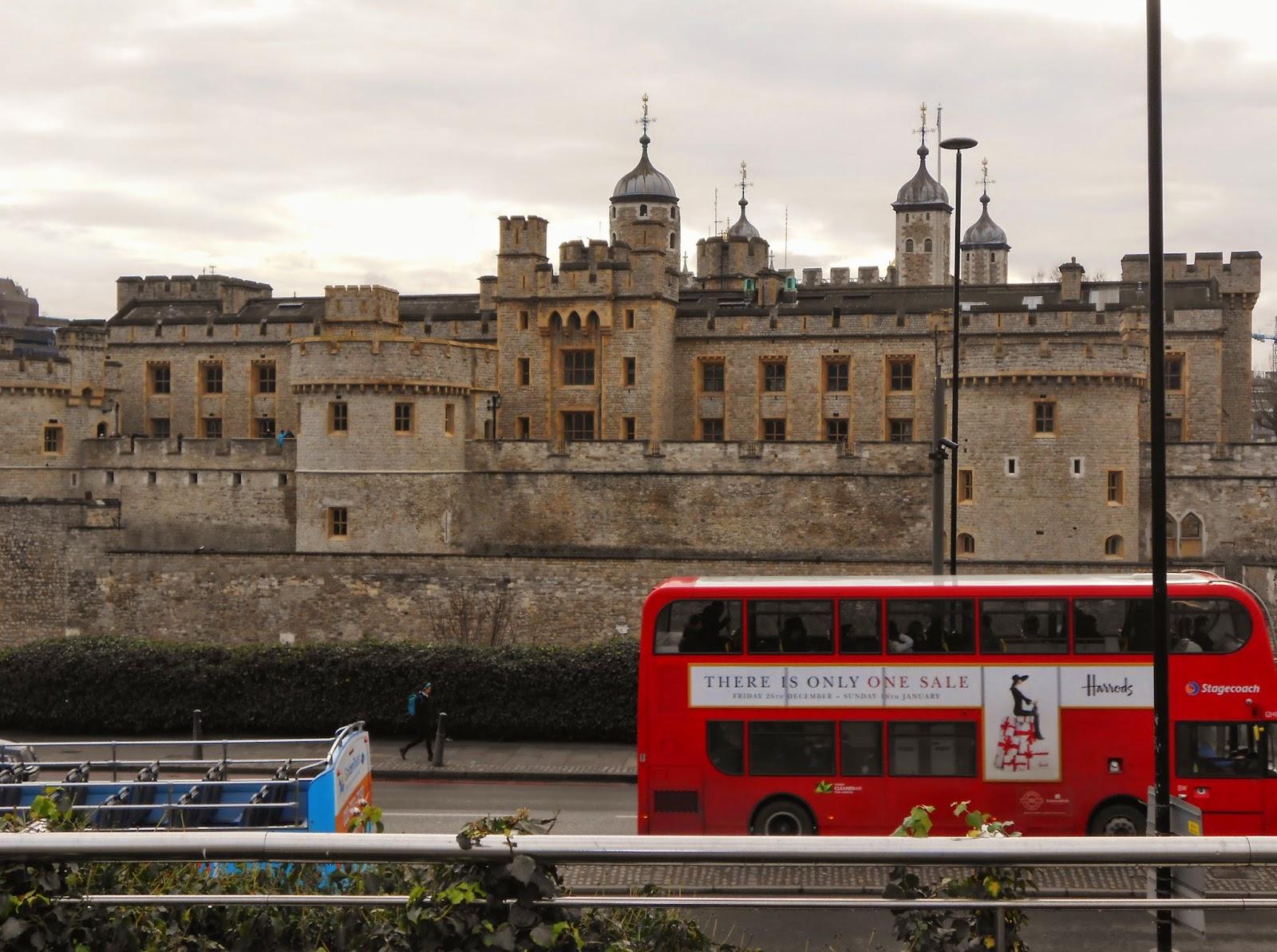 Widok na Tower of London.
