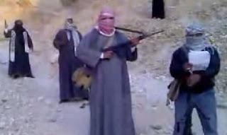 """بالفيديو .. حركة إسلامية ,""""كتائب مسلمون""""  تهدد باغتيال المسيحيين والإعلاميين وقادة جبهة الإنقاذ وشيخ الأزهر ومقاتلة الجيش والشرطة"""