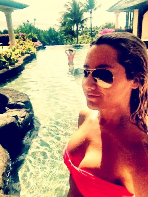 Fotos de ashley tisdale en bikini