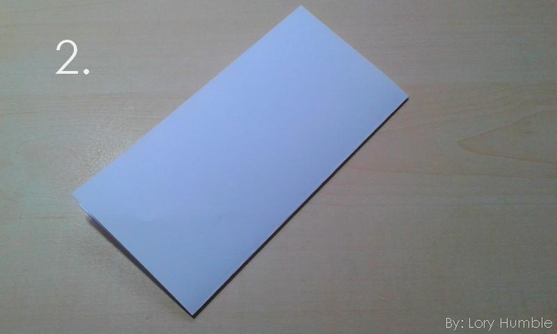 Výsledek obrázku pro přehnutý papír napůl