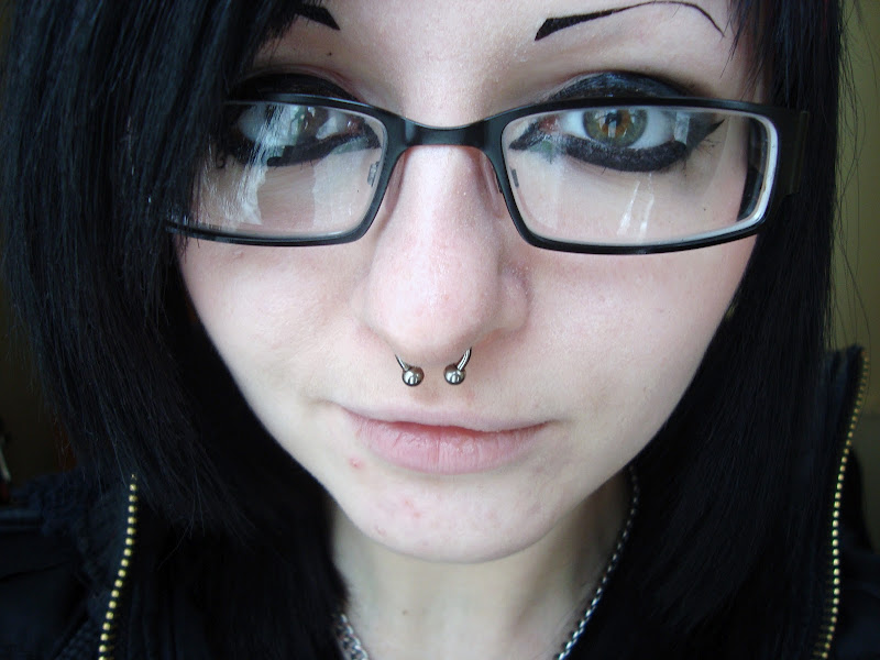 got my septum piercing :D title=