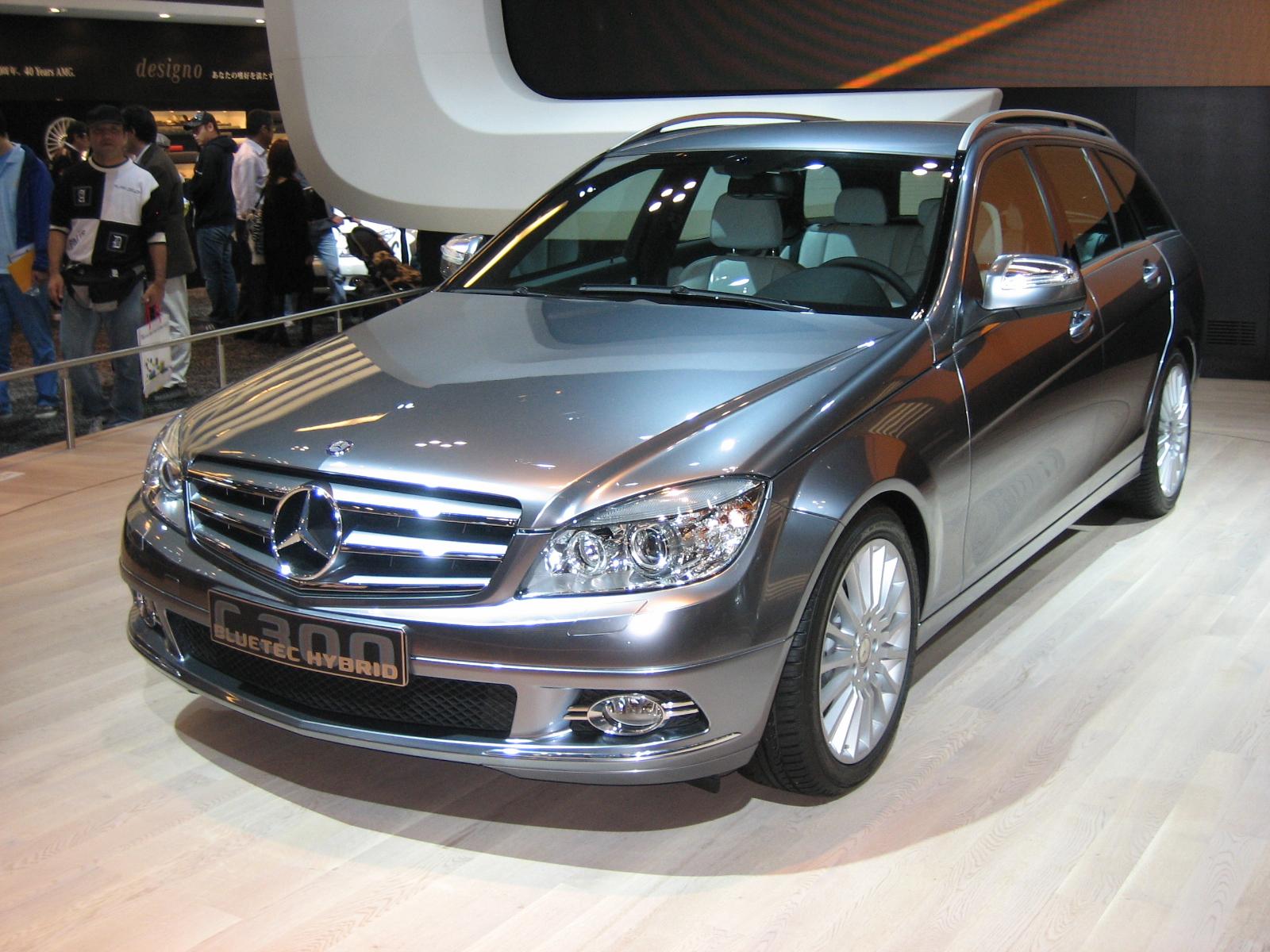 http://1.bp.blogspot.com/-Sw1nPXwfafM/TjC87wnJxKI/AAAAAAAAA48/7sN78E8lRa4/s1600/Mercedes-Benz_C300_Bruetec_Hybrid.JPG