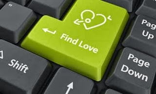 Stop the Dysfunctional Dating Cycle,online dating internet,find love button keyboard