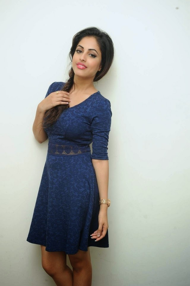 Priya Benarjee New Photos