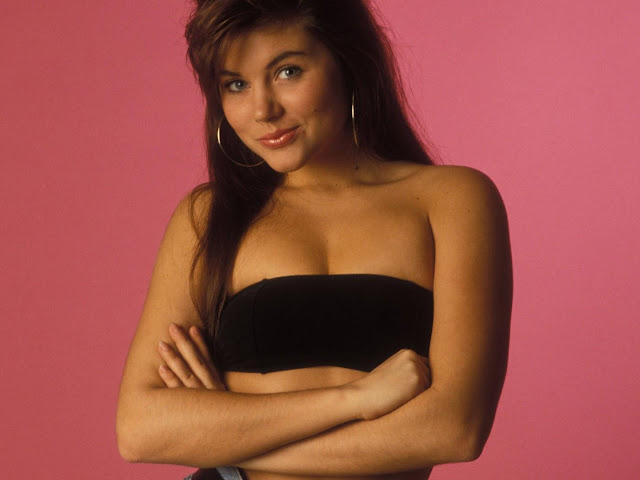 Tiffani Thiessen Gallery