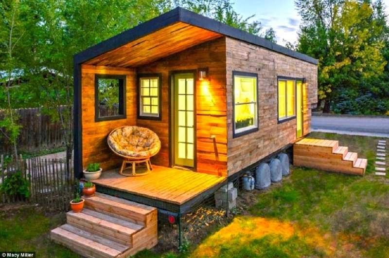 Casa construida con tablas de palets - Casas con palets de madera ...