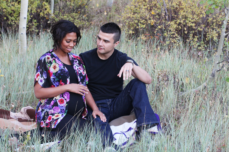 BETH + STRATER // MATERNITY PHOTOSHOOT