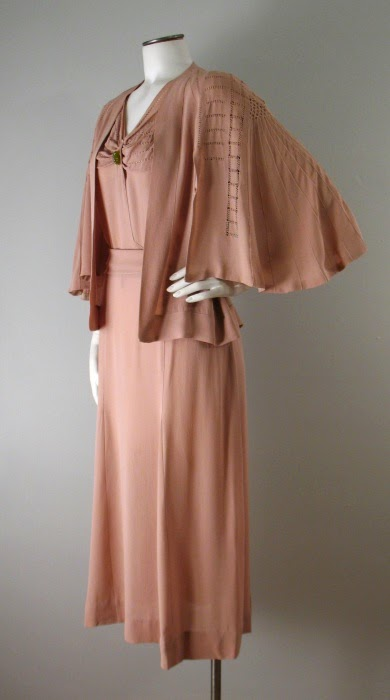 couture allure vintage fashion 1930s chanel adaptation