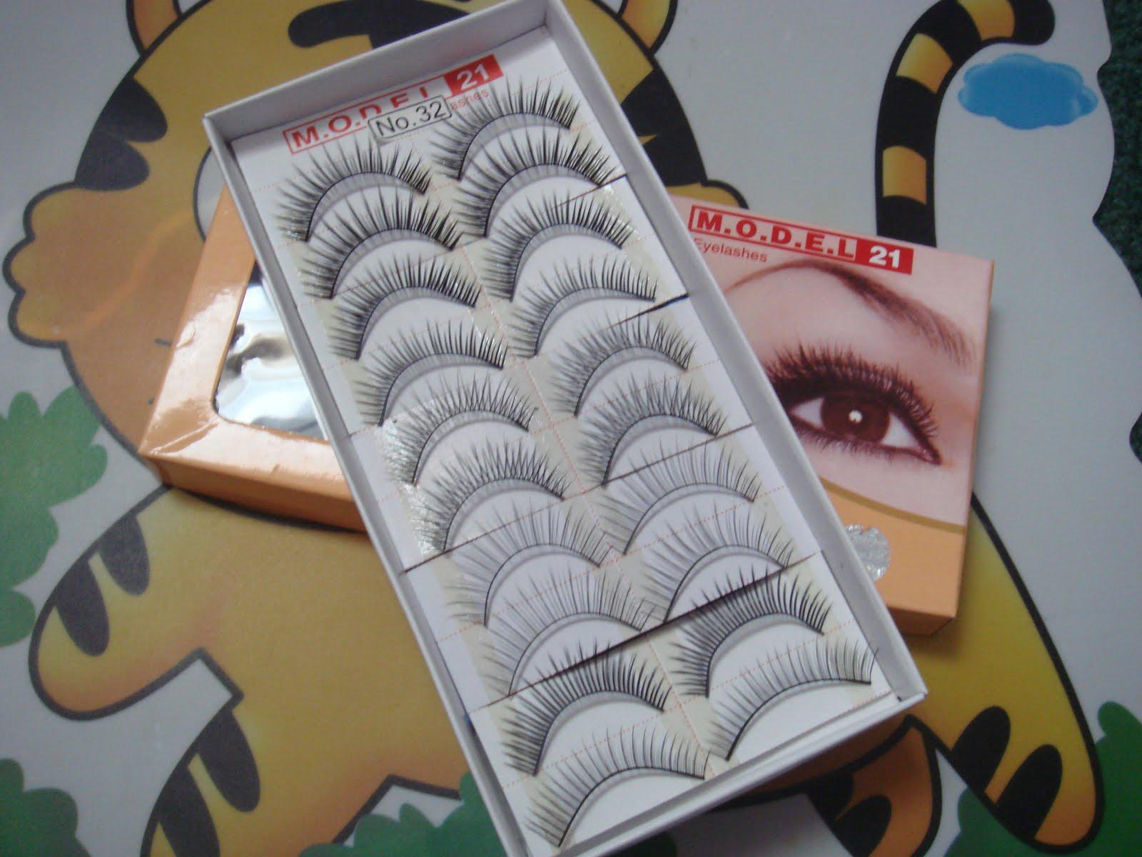 Yumyumnomnom Model 21 Eyelashes