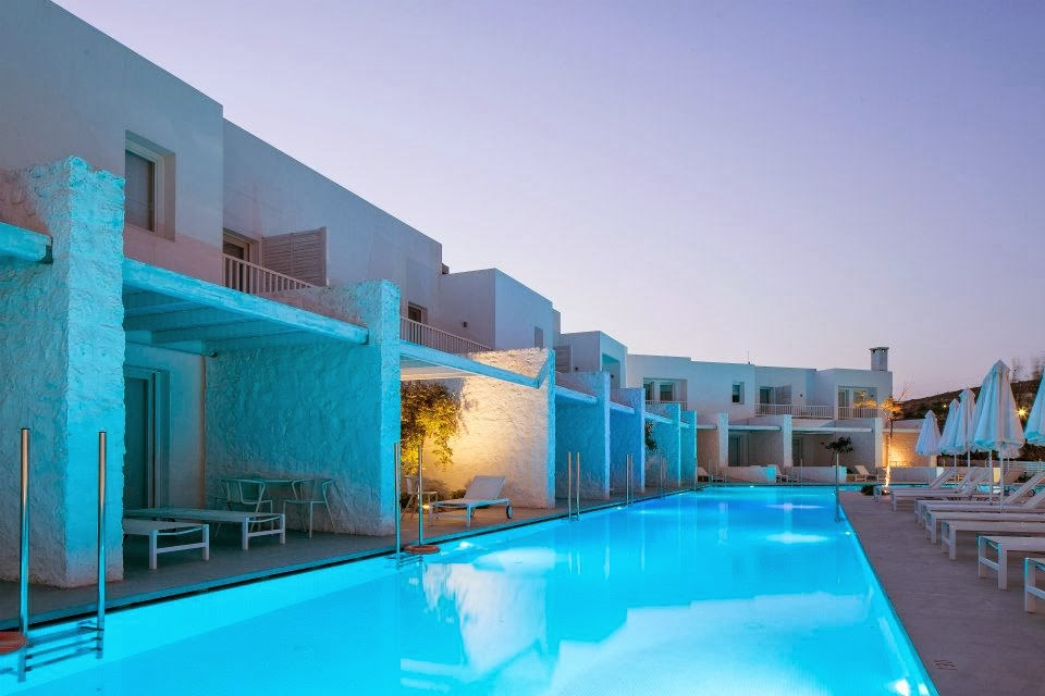 Simplicity love patmos aktis suites spa hotel greece for Griechenland design hotel