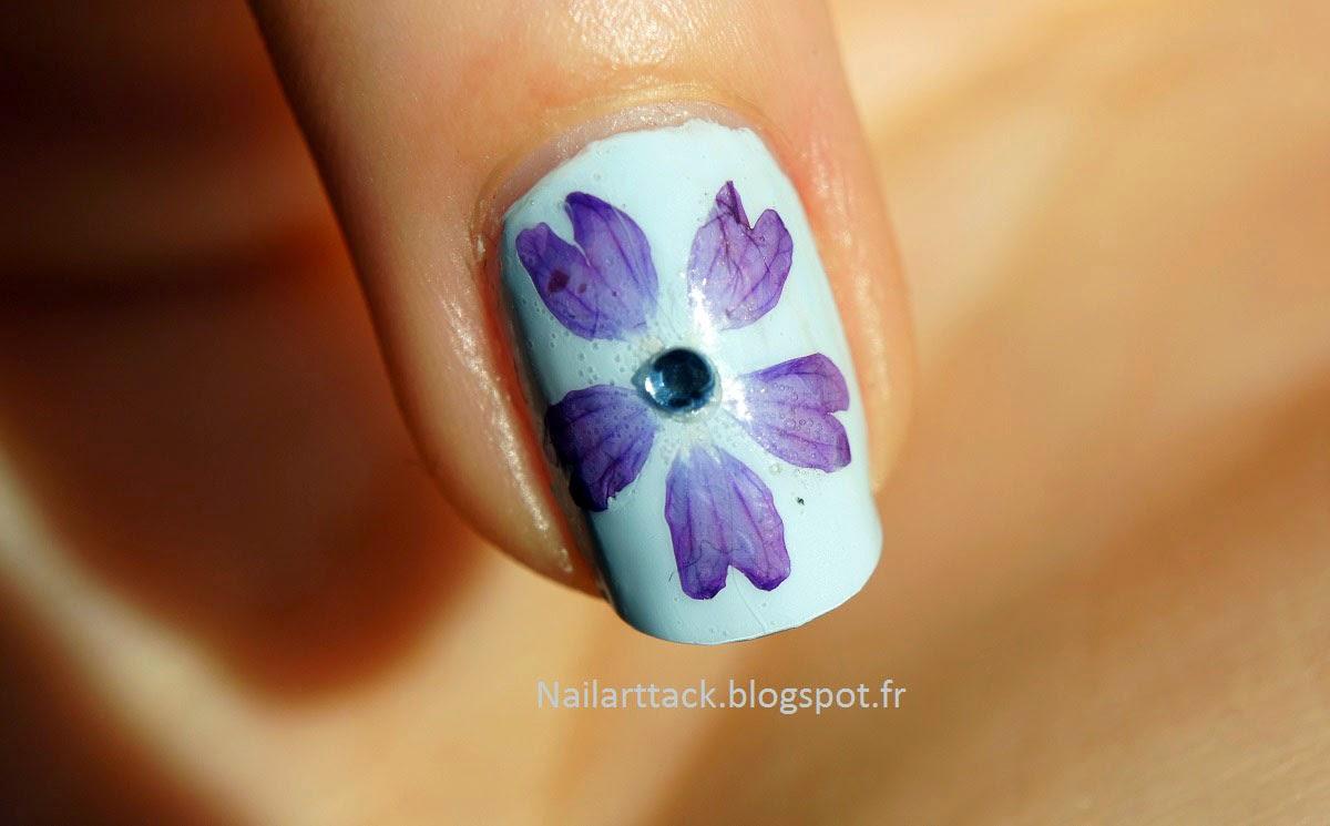 Nailart Comment Faire Secher Des Fleurs Nailart Attack