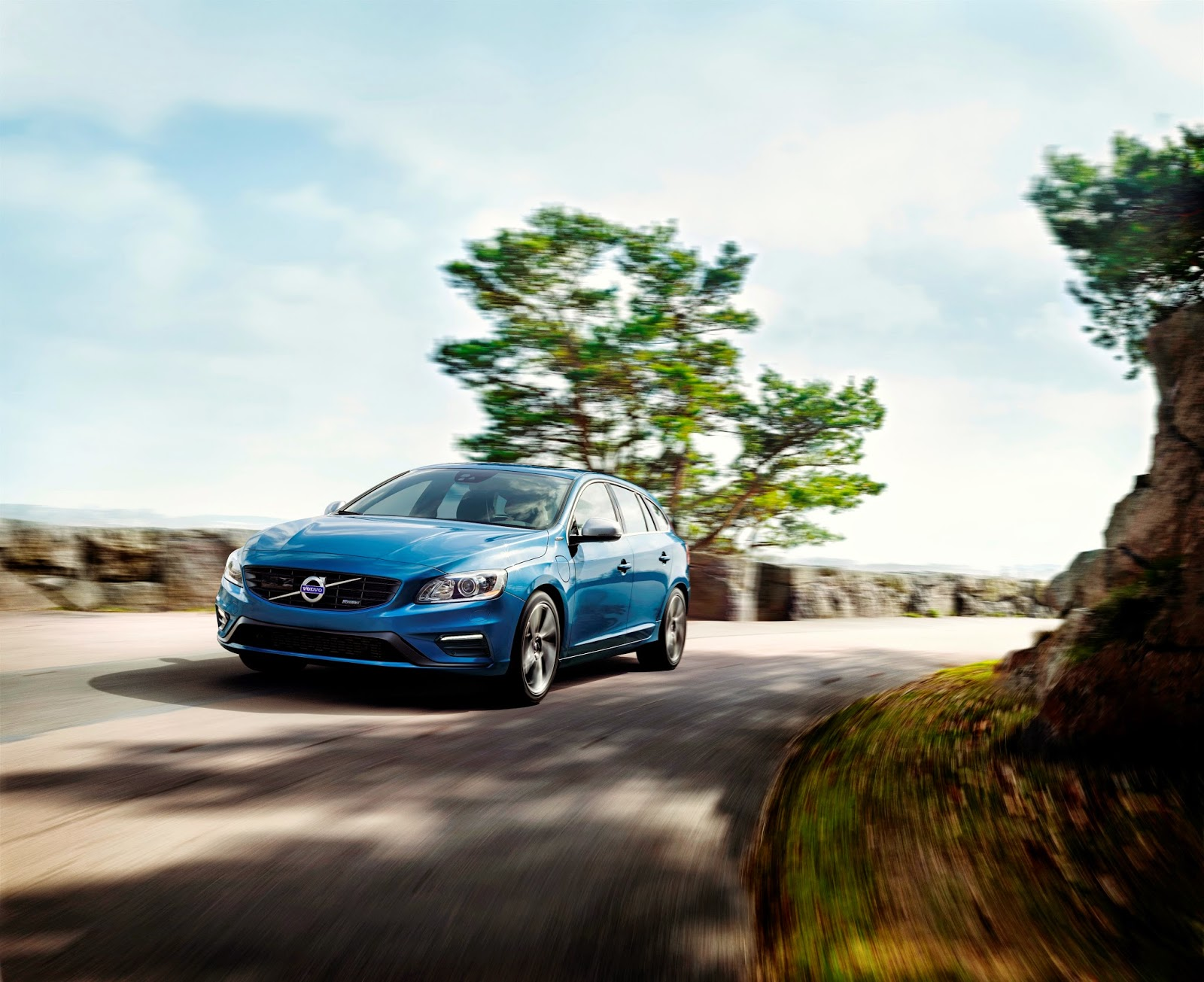 Volvo V60 Plug-in-Hybrid R-Design feiert Weltpremiere